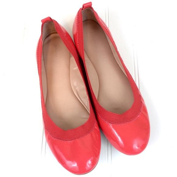 c8cf06a24c88 Banana Republic Shoes - Banana Republic Abbey coral red patent ballet flat